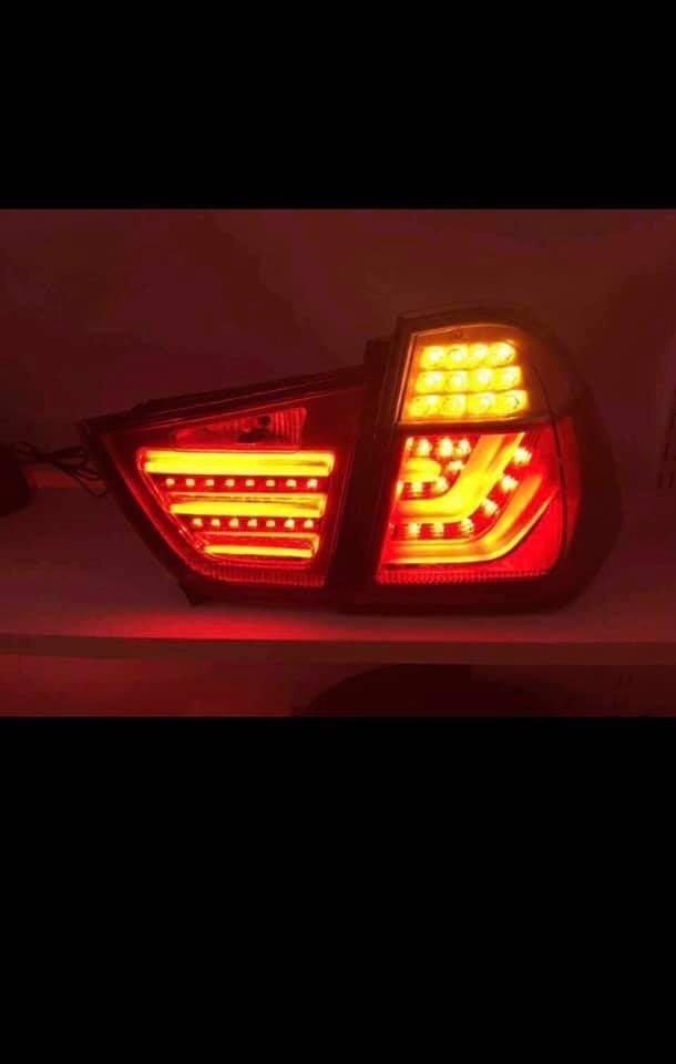 BMW 3系 E90尾燈