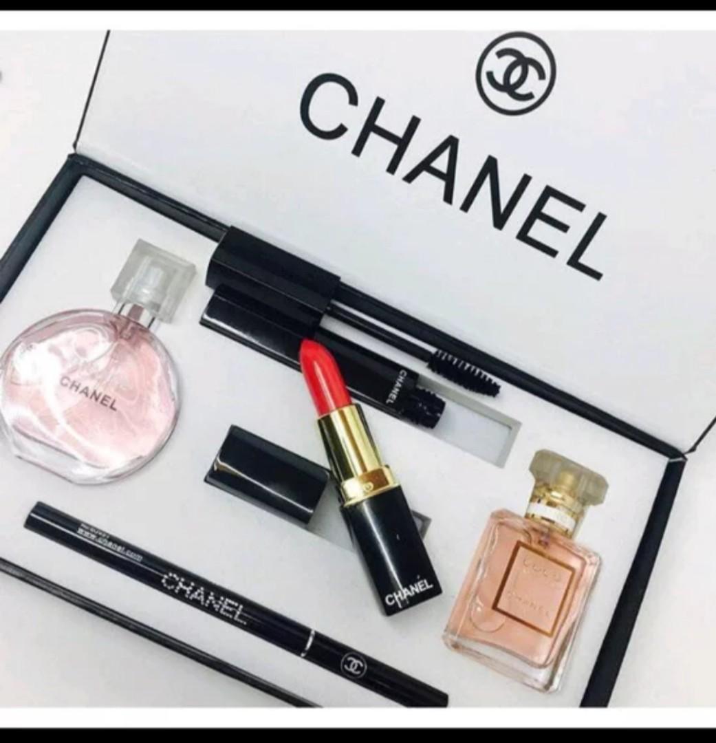 Chanel make up set 5 in 1