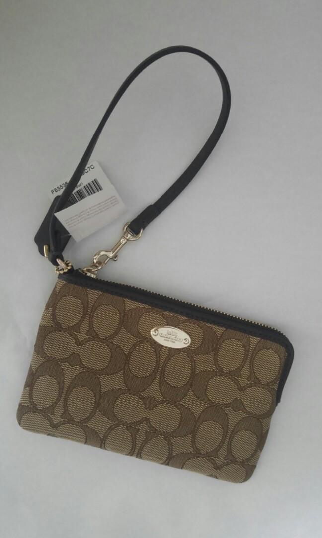 official photos 7e476 b9c75 Coach Wristlet, Women's Fashion, Bags & Wallets, Wallets on ...