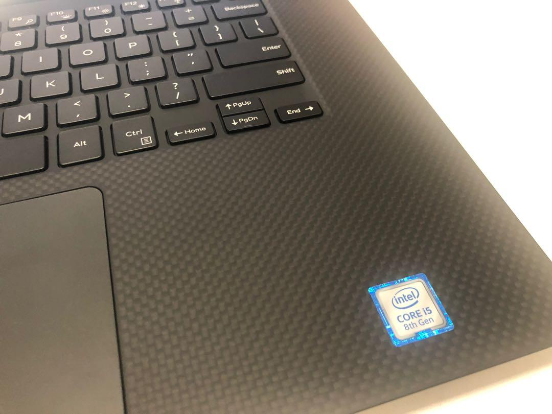 DELL XPS 15 9570 i5 with 4K touch screen