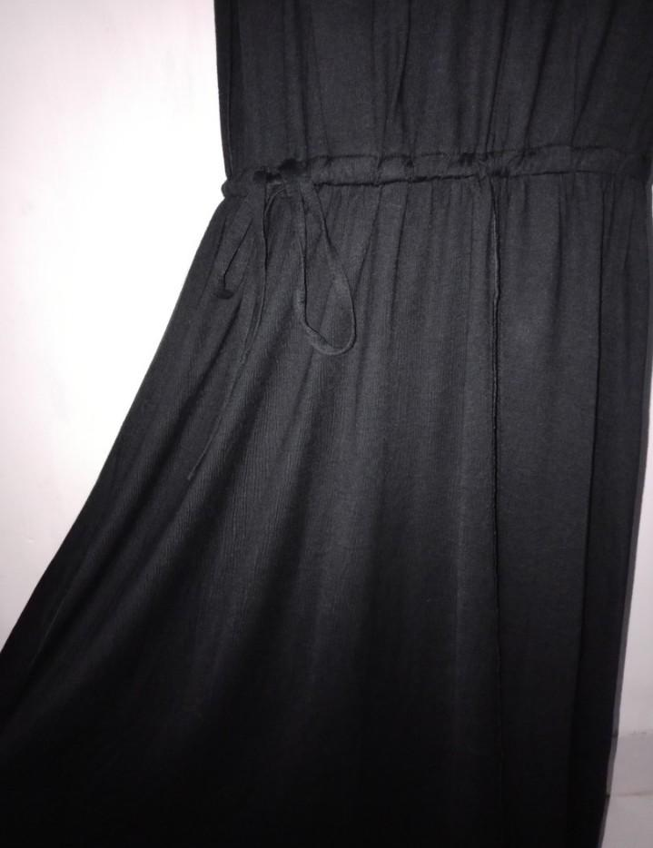 Black dress import