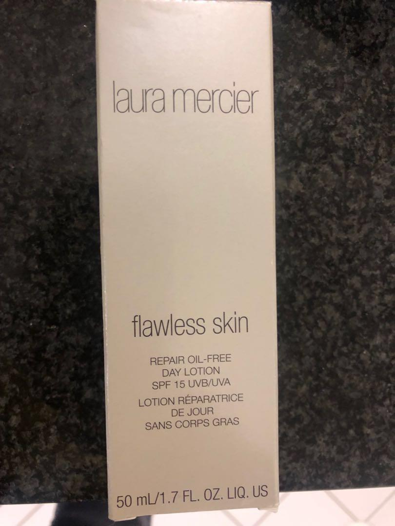 Flawless skin repair day lotion SPF15