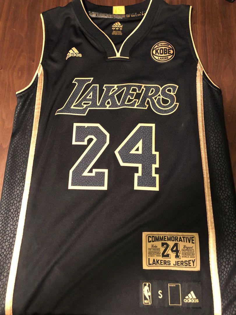 huge selection of 94438 d8ca1 Kobe Bryant Lakers retirement jersey limited 824