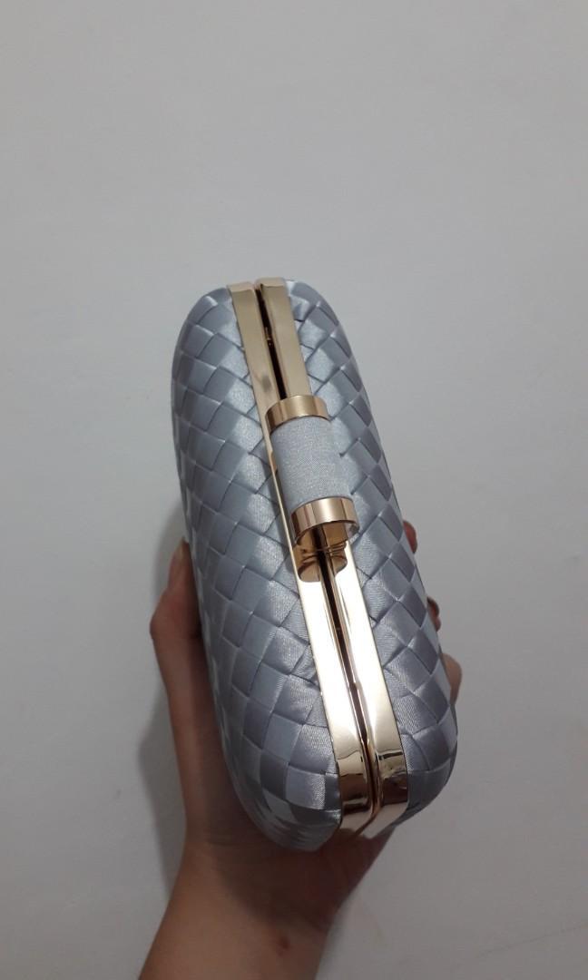 LYONS silver party clutch / Tas pesta