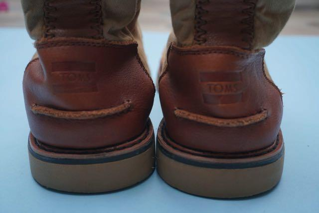 Sepatu toms booth brown