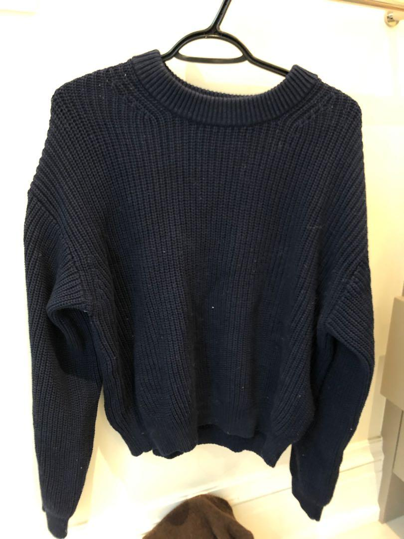 Wilfred free Aritzia navy blue amazing quality knit ribbed sweater