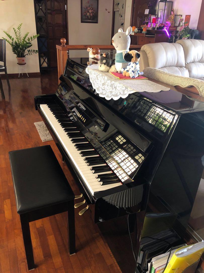 Yamaha Piano JU109