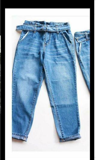 HW boyfriend jeans (preloved)