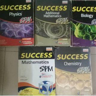 •	OXFORD FAJAR  SUCCESS SPM books