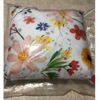 BNIP Square Pillow - Floral