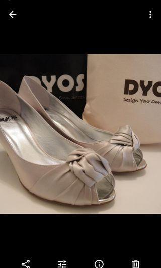 Dyos 銀色高跟鞋
