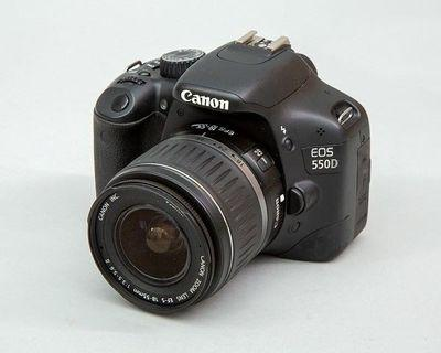 CAnon 600D with 18-55mm lens, full function