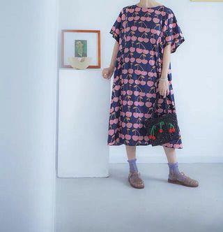 🚚 《洋裝 全新》滿版粉紅櫻桃洋裝