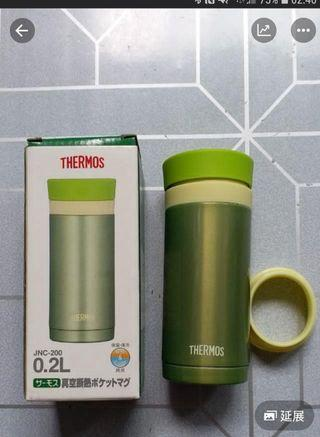 全新 THERMOS 0.2L保温杯