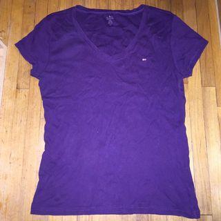 Tommy Hilfiger dark plum  t-shirt szL