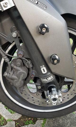 Brand New Yamaha Xmax CNC Rear Shock Lock & Sliders
