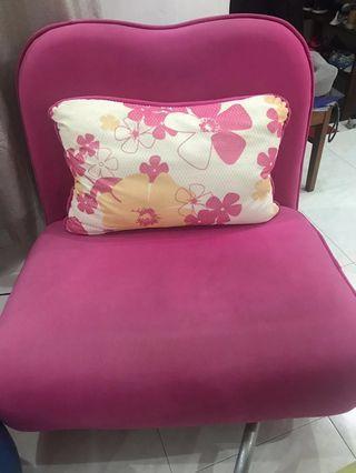 🚚 MONDI Sofa bed ( look new )
