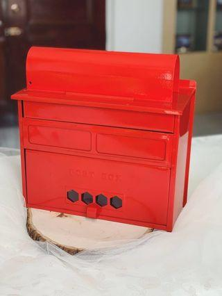 [For Rent] Red Vintage Mailbox