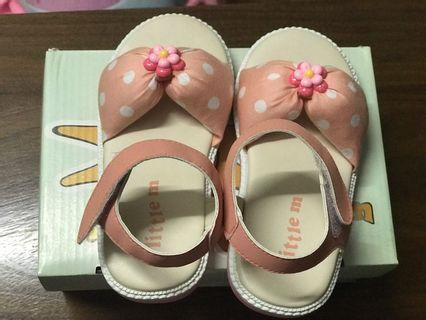 Sepatu bayi