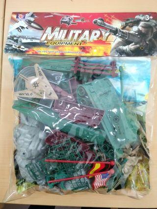 🚚 Plastic army soldier toy