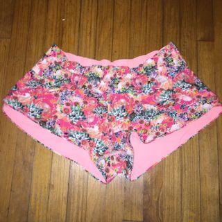 Lululemon shorts sz6/S