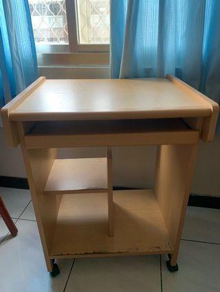 小型電腦桌