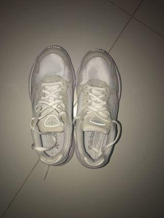 Adidas Falkon