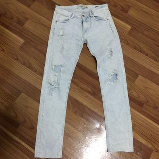 Zara Ripped Jeans - Premium Wash Trafaluc