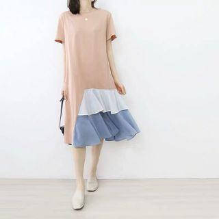 🚚 Gwendolyn Tee Dress with Irregular Pleated Layers Hem