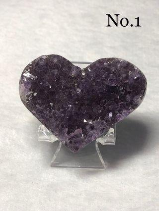 Amethyst Quartz heart shape 💜 (come with acrylic stand)