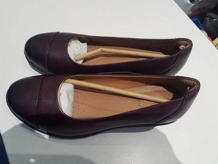 new concept df9ac dfd11 CLARKS Womens Leather Wedge Heeled Shoes