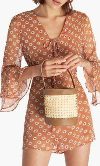 Mini woven crossbody bucket bag - brown