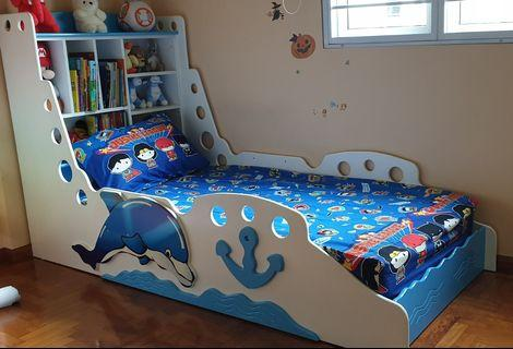🚚 Kids Bed Blue Dolphin