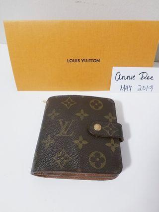 Authentic Louis Vuitton Compact Zip Bifold Wallet in Monogram