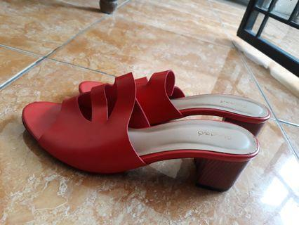 Red Heels Fladeo