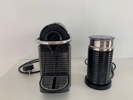 Nespresso pixie & aeroccino coffee machine
