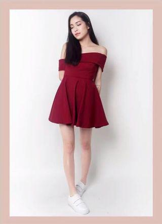 🚚 Off Shoulder Red Dress