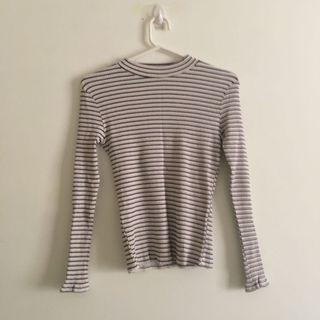 Rubbed White and Navy Blue Stripped Long Sleeve Mockneck