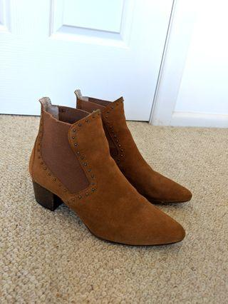 Zara Suede Leather Size 38 Boots