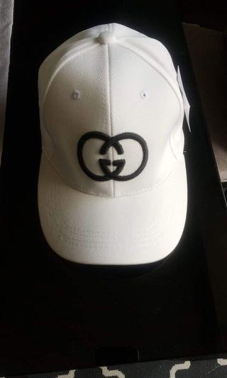 Hat white style