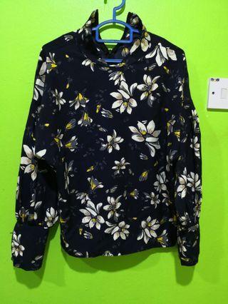 Floral Blouse Size M