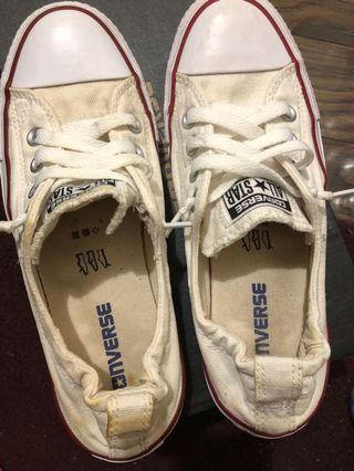 Women's converse size 7 off white