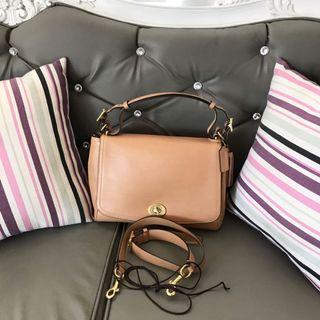 8753e1199006 genuine leather bag good as new   Women's Fashion   Carousell ...