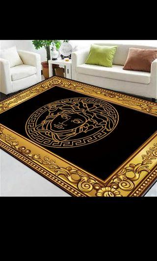 Plush design carpet