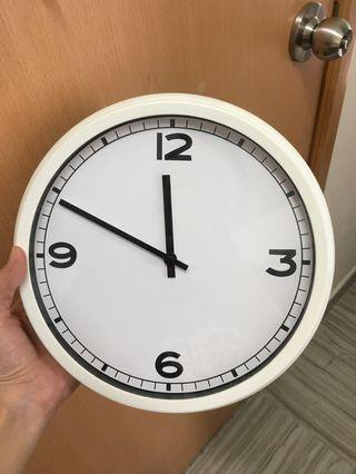 Used Ikea Wall Clock (with 1 free battery)
