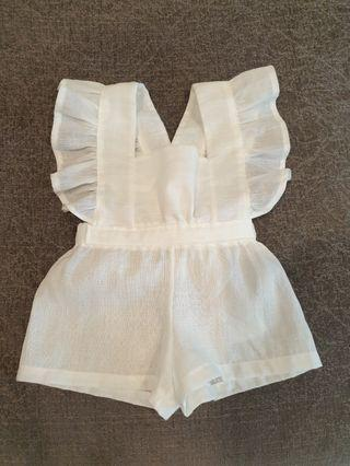 *3-6 M* White Romper / ruffled pinafore /linen clothes /baptismal