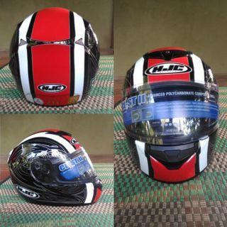 HJC Helmet size L