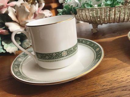 英國Royal Doulton皇家道爾頓RONDELAY系列骨瓷咖啡杯組