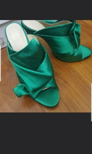 Knot Heels (BN)