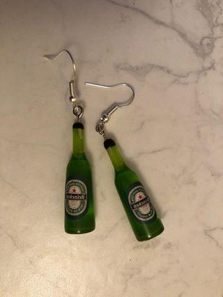 Beer bottle earrings 🍾